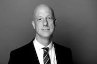 Dr. Sebastian Breuer
