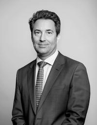 Dr. Tobias Lewe