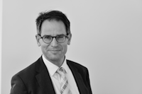 Dr. Norbert Kuhn