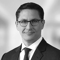 Dr. Jörg Rhiel